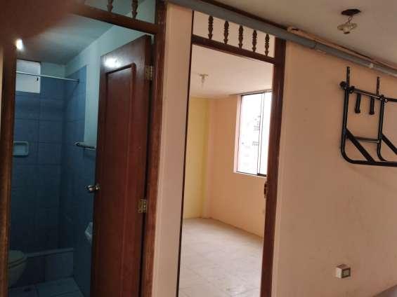 Alquilo habitacion en san martin de porres lima, cel 9 9 3 1 4 3 5 8 3